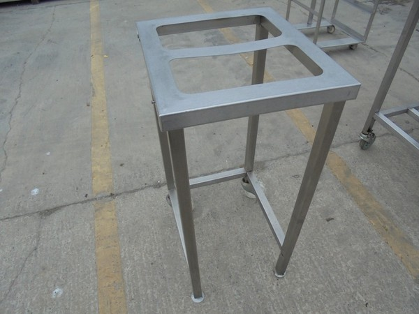 Stainless Steel Stand (5036)