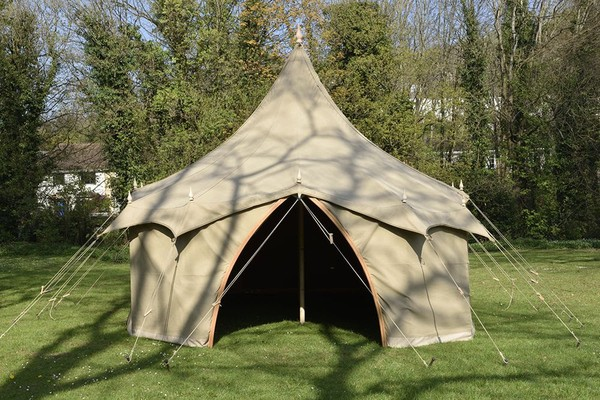 curved traditional marquee