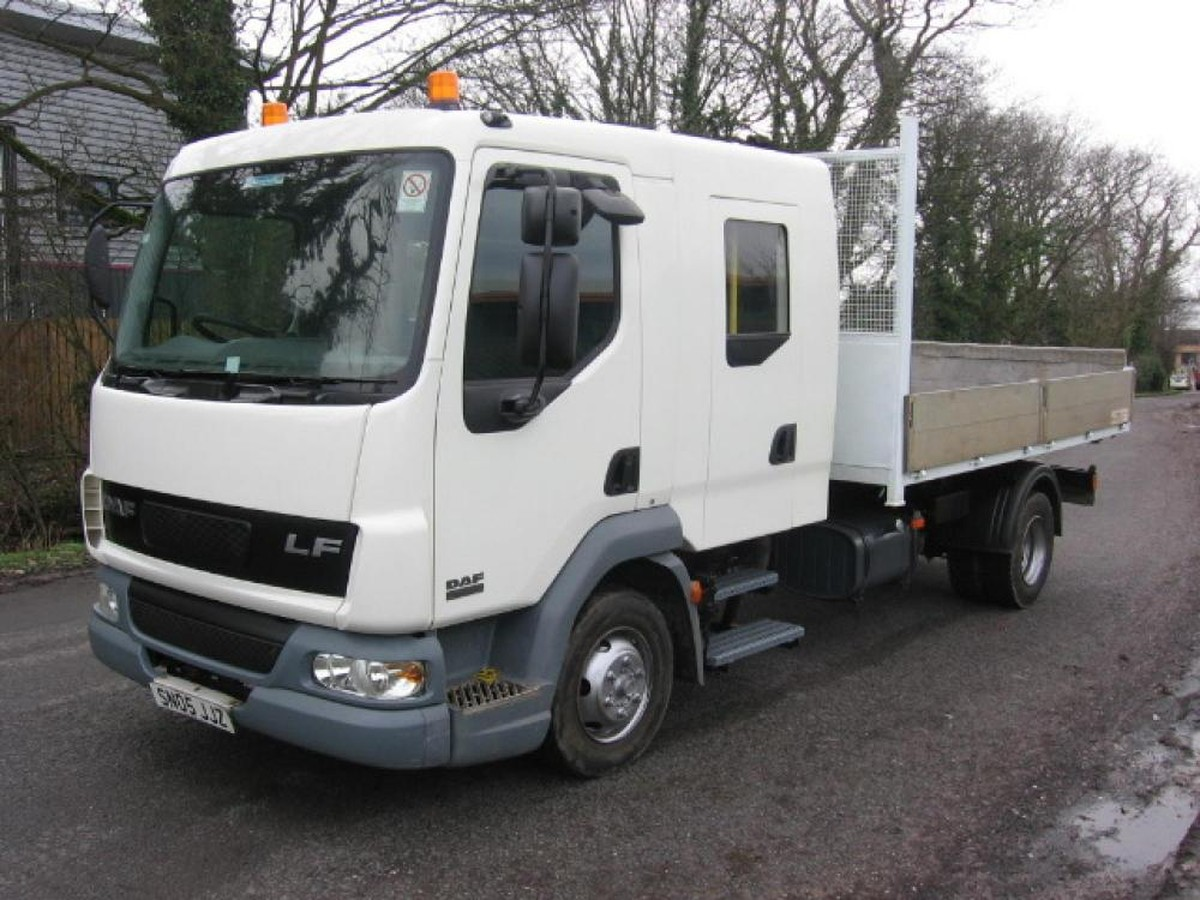 Catering Vans For Sale >> Secondhand Lorries and Vans | Pickups | Leyland Daf Lf 45 150 Crewcab Roll On Roll Off ...
