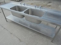 Double drainer and double sink