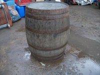 2x Medium size Barrels (Code OT 142.3)
