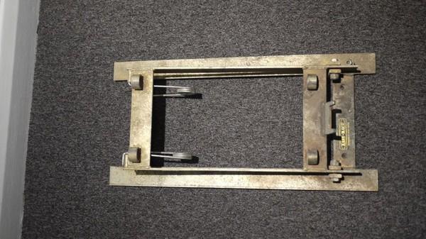 Auto Tilt Cask Beer Stillage - Mechanical Spring