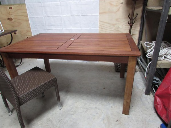 Commercial Grade Large Quality Hardwood Dining Tables For Terrace/Beer Garden