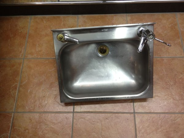Stainless Steel Wash Basin With Taps