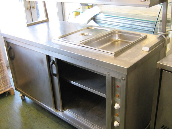 Hot Cupboard with Twin Infra-Red Overhead Gantry