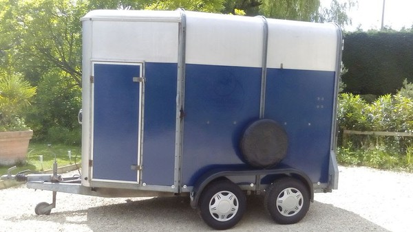 Ifor Williams HB505 Horse Trailer