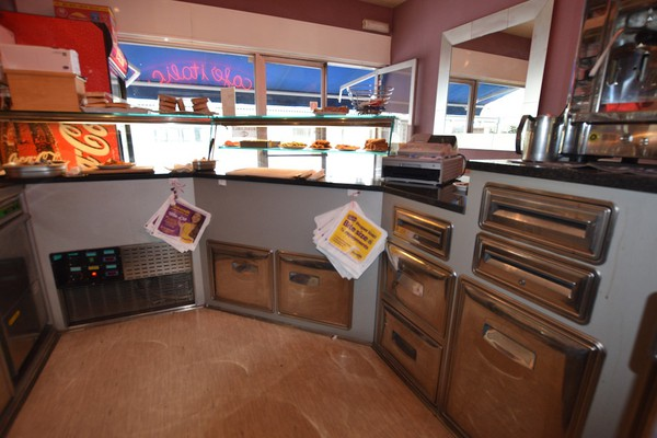 Serve-Over Refrigerated Sandwich Counter / Coffee Bar