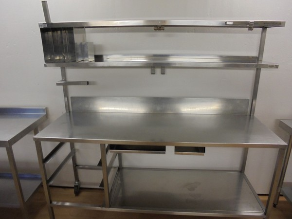 Stainless Steel Table & Double Shelf	(5316)
