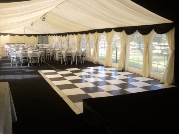Publok Black & White Dance floor