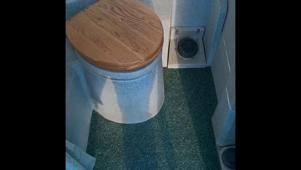 1+1 Toilet Trailer