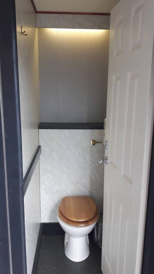 4+1 Toilet Trailer Unit