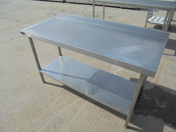 Stainless Steel Corsair Table (5436)