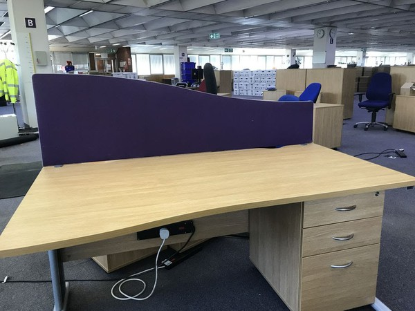 Desk Mounted Privacy Screens, 1600mm Wave