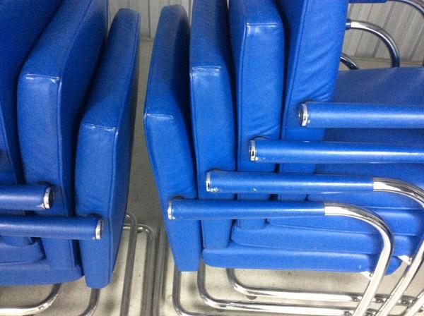 Vitra Visavis Soft Chair/Blue Leather And Chrome