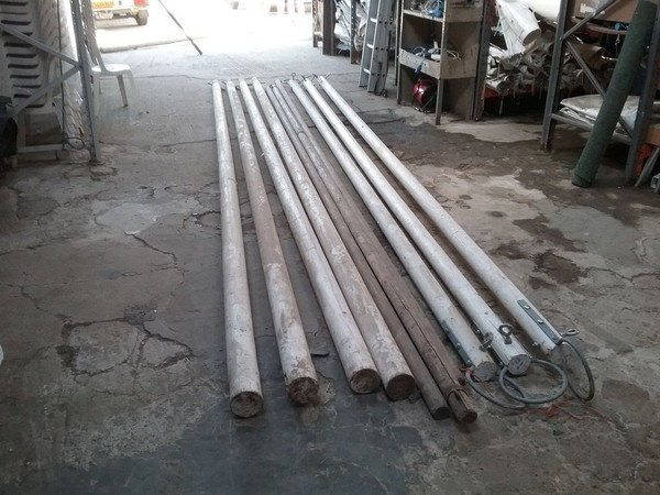 Wooden Traditional Marquee King Poles and Ridge Poles for a 90ft x 30ft Marquee