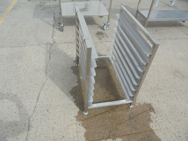 Stainless Steel Stand (5465)