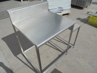 Stainless Steel 2 Tier Table (5495)