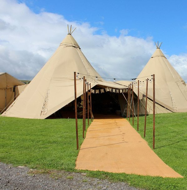 2 giant tipis including linking kit.