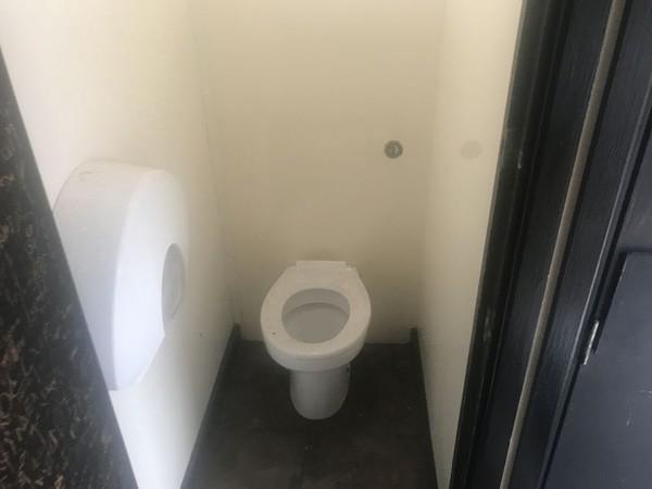 3+1 Toilet trailer uk