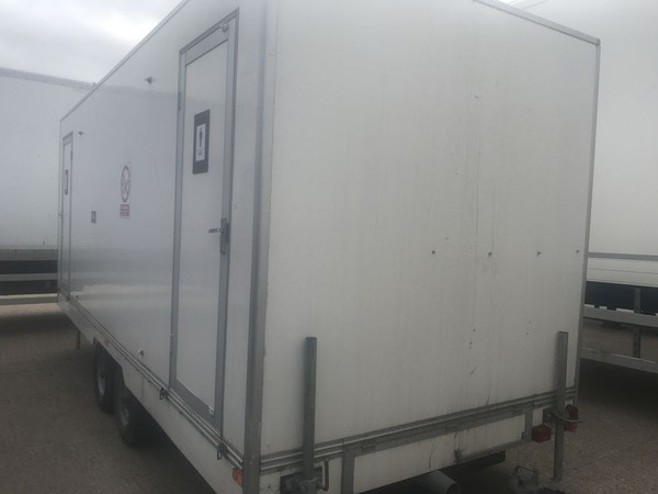 Used toilet trailers