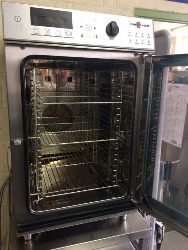 Ex showroom oven gloucester