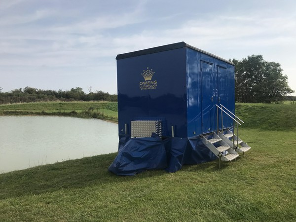 Blue one + one toilet trailer for sale