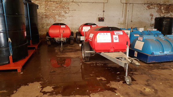 1000 Litre Road Tow Water Bowsers
