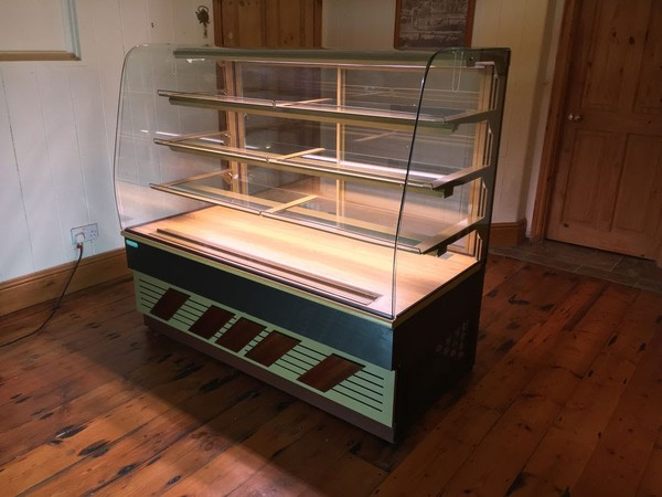 Trimco150 Patisserie Display Cool Cabinet with Lights