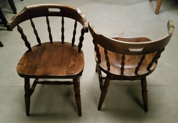 Traditional Captains Chairs