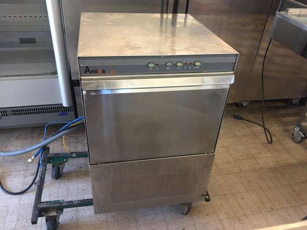 Amika dishwasher