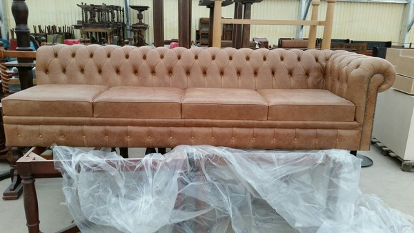 Chesterfield sofa 20Ft