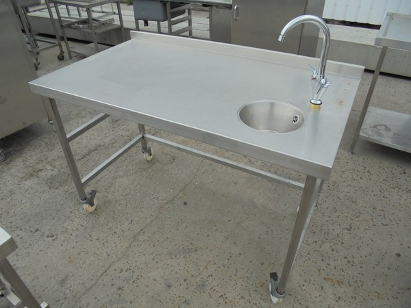 Steel table with sink