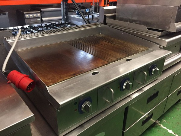 Electrolux 50/50 Ribbed/Smooth Electric Griddle - 3 phase - Exc Clean/tested condition!!