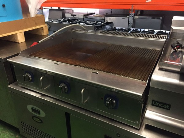 Electrolux 50/50 Ribbed/Smooth Electric Griddle