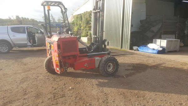 Used 2002 Flat bed trailer