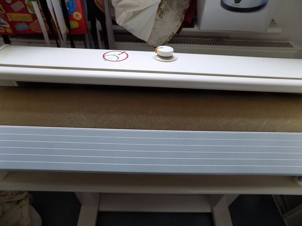 Secondhand ironing machine
