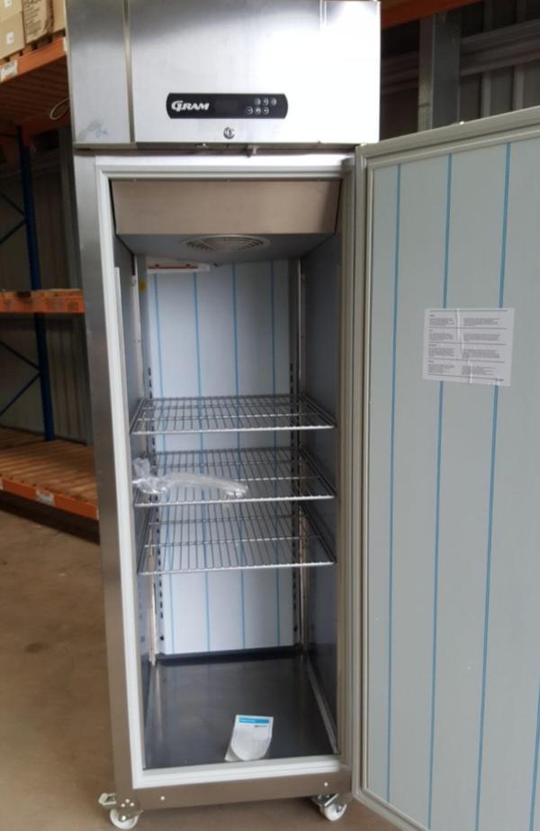 Seondhand commercial fridge UK
