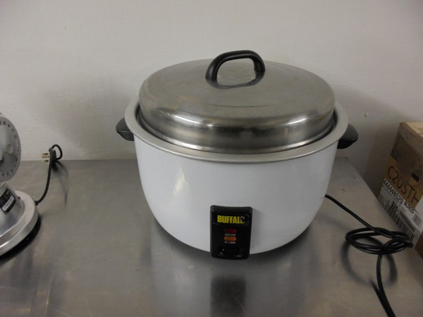 Secondhand Rice cooker for sale