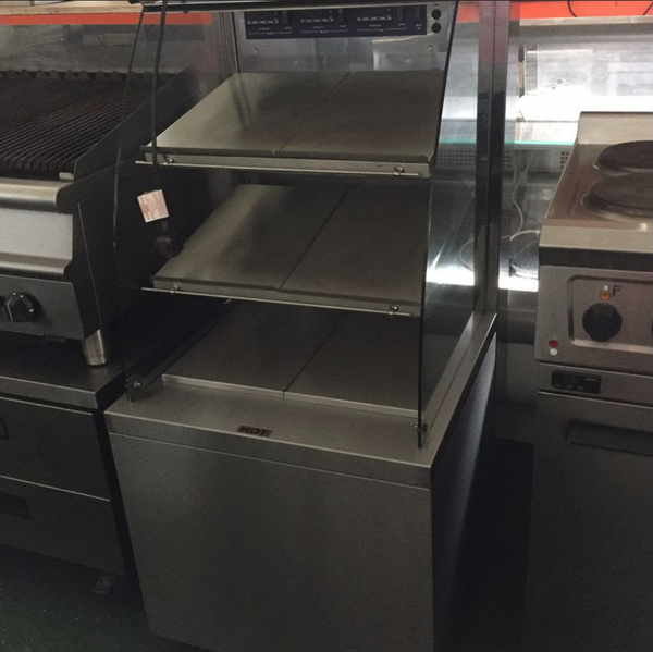 Heated self service merchandiser