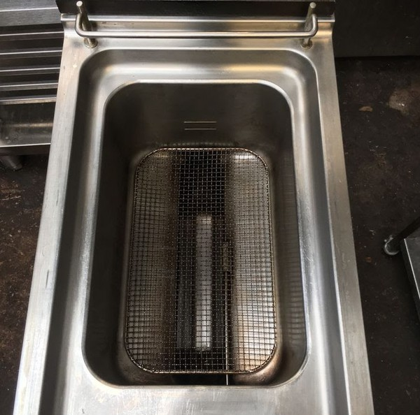 Gas fryer for sale UK