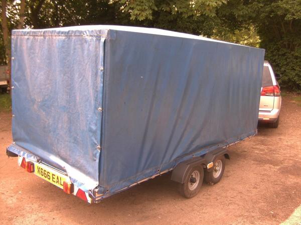 Tilt sided trailer 750kg