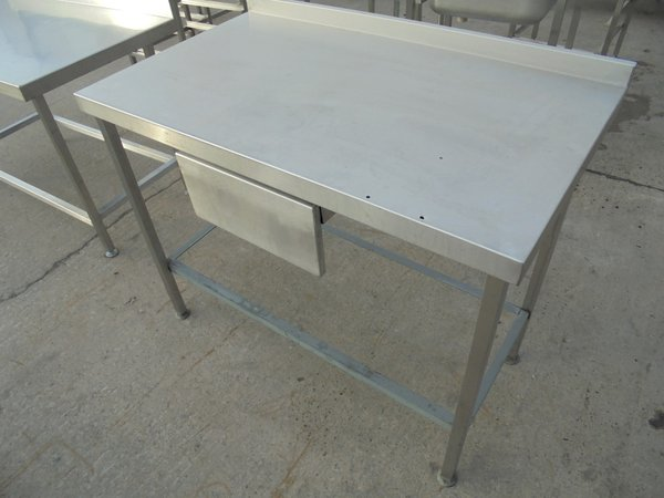 110cm stainless steel table with a draw
