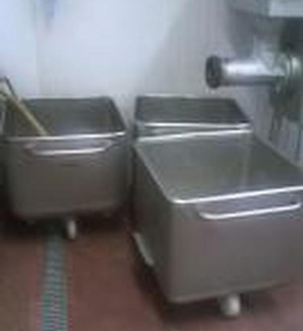 Tote bins for sale