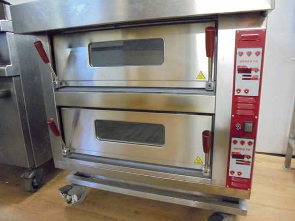 New electric pizza oven for sale