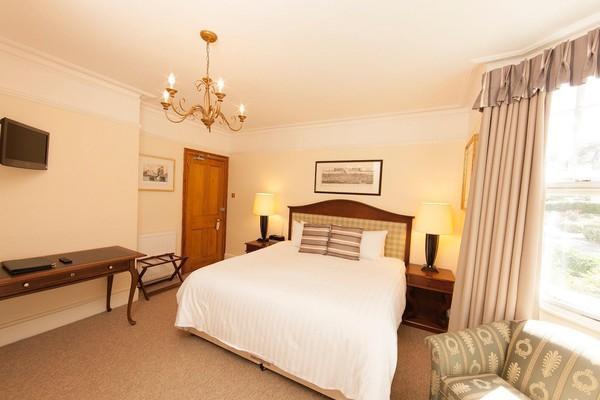 ex copthorne bedroom sets