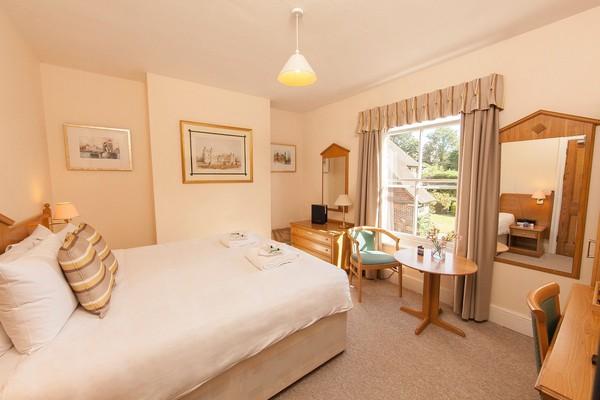 ex hilton hotel bedroom sets