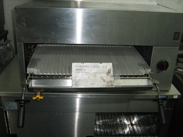New Falcon Salamander Gas Grill G2522