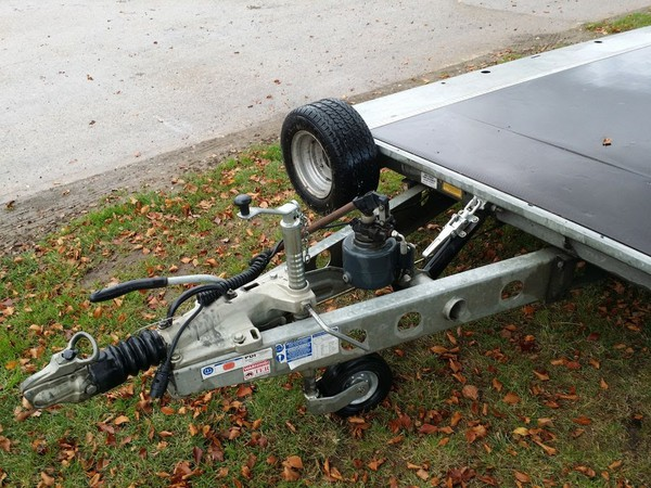 Secondhand ifor williams trailer