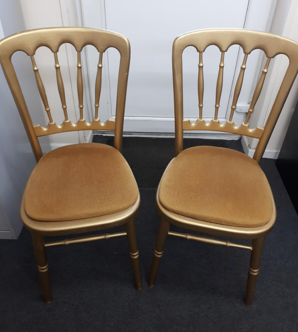 Used Cheltenham banqueting chairs