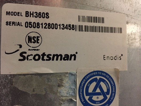 Scotsman CME456AS-6C Ice Machine on Scotsman BH360S Ice Bin-480lbs production per 24hrs!!
